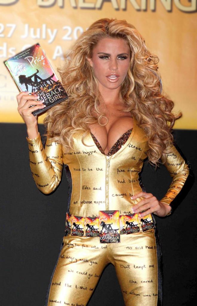 Katie Price  presenta il suo nuovo libro